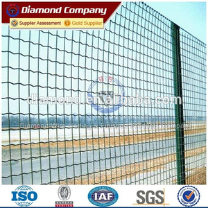 ISO & CE factory hot saling galvanized garden welded fence/pvc coated weld wire mesh fence