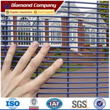 High security anti-climb anti-cut fence,military protection prison welded mesh fence panel,Boundary fence